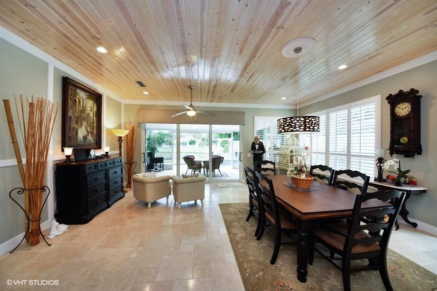 Additional photo for property listing at 138 Hampton Circle 138 Hampton Circle Jupiter, Florida 33458 United States
