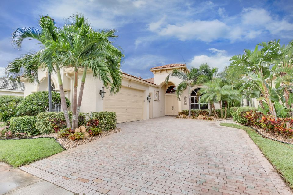 Single Family Home for Sale at 10910 Northgreen Drive 10910 Northgreen Drive Wellington, Florida 33449 United States