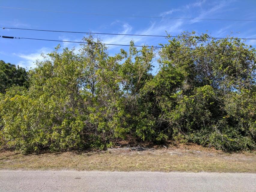 Land für Verkauf beim 1859 SW Dalmation Avenue 1859 SW Dalmation Avenue Port St. Lucie, Florida 34953 Vereinigte Staaten