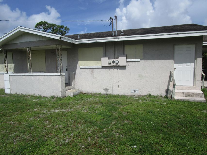Additional photo for property listing at 604 17th Street 604 17th Street Fort Pierce, Florida 34950 United States
