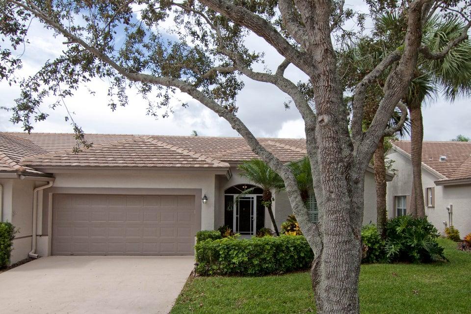 Villa for Sale at 7444 Rockbridge Circle 7444 Rockbridge Circle Lake Worth, Florida 33467 United States
