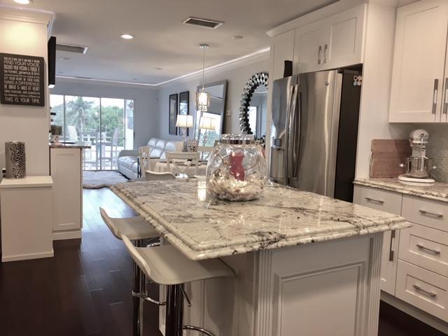 Coopérative / Condo pour l à louer à 200 N El Mar Drive 200 N El Mar Drive Jensen Beach, Florida 34957 États-Unis