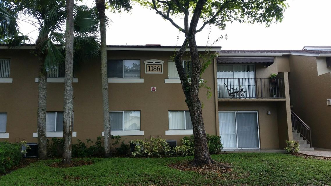 Co-op / Condo for Sale at 1186 Lake Terry Drive 1186 Lake Terry Drive West Palm Beach, Florida 33411 United States