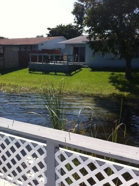 Additional photo for property listing at 2501 SW 58 Manor 2501 SW 58 Manor Fort Lauderdale, Florida 33312 Estados Unidos