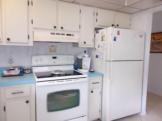 Additional photo for property listing at 2525 NW 9th Street 2525 NW 9th Street Delray Beach, Florida 33445 États-Unis