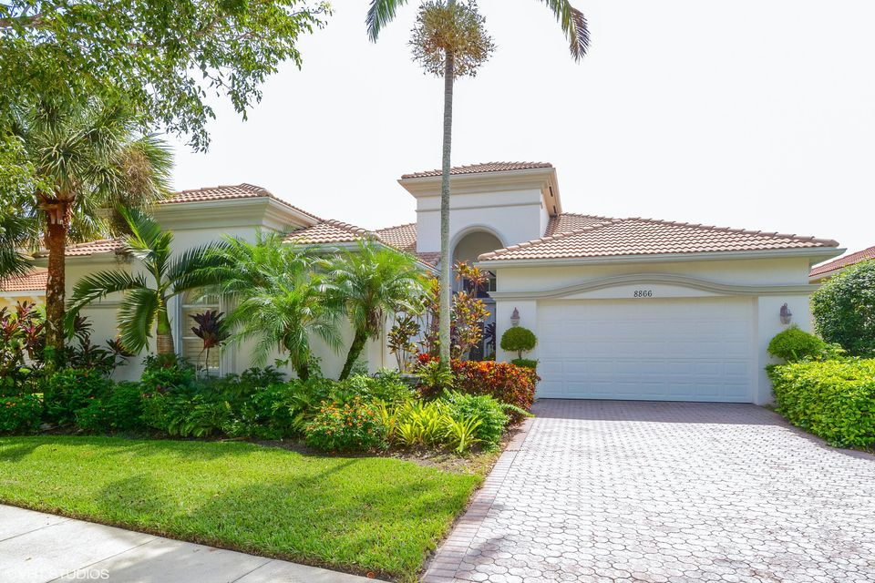 Single Family Home for Sale at 8866 Via Brilliante 8866 Via Brilliante Wellington, Florida 33411 United States