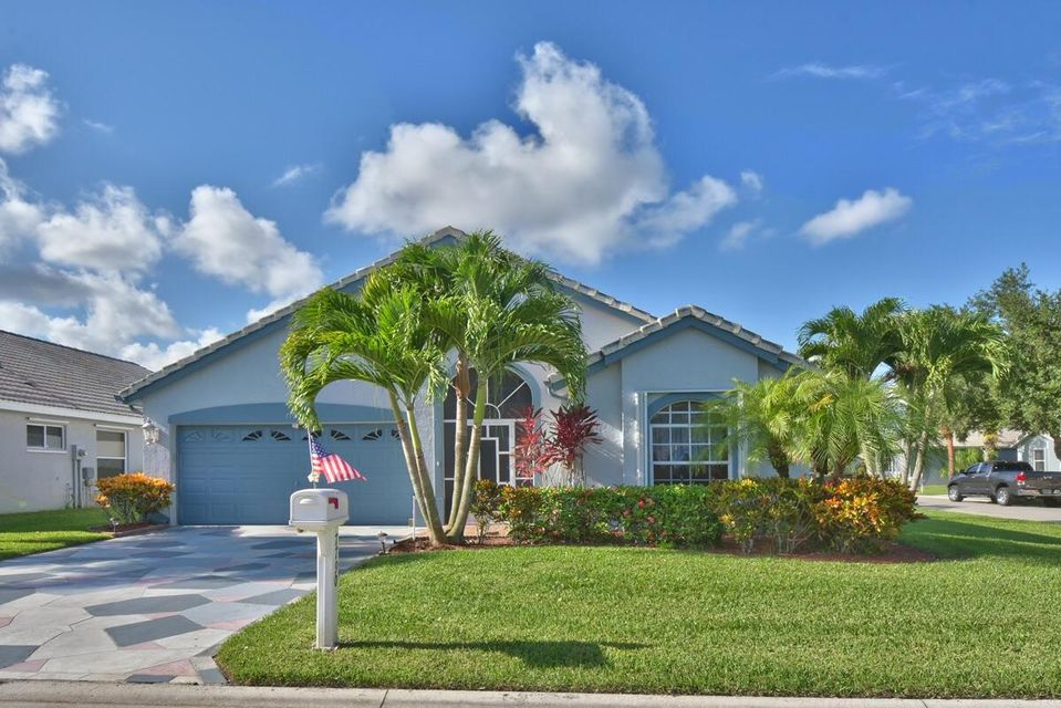 Single Family Home for Sale at 7790 Great Glen Circle 7790 Great Glen Circle Delray Beach, Florida 33446 United States