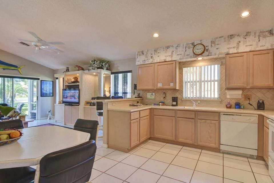 Additional photo for property listing at 7790 Great Glen Circle 7790 Great Glen Circle Delray Beach, Florida 33446 United States