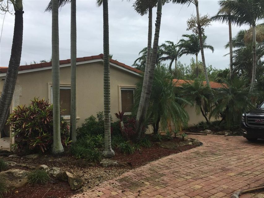 Single Family Home for Sale at 6977 SW 148th Terrace 6977 SW 148th Terrace Palmetto Bay, Florida 33158 United States