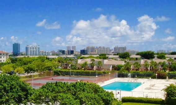 Co-op / Condo for Sale at 470 Executive Center Drive 470 Executive Center Drive West Palm Beach, Florida 33401 United States