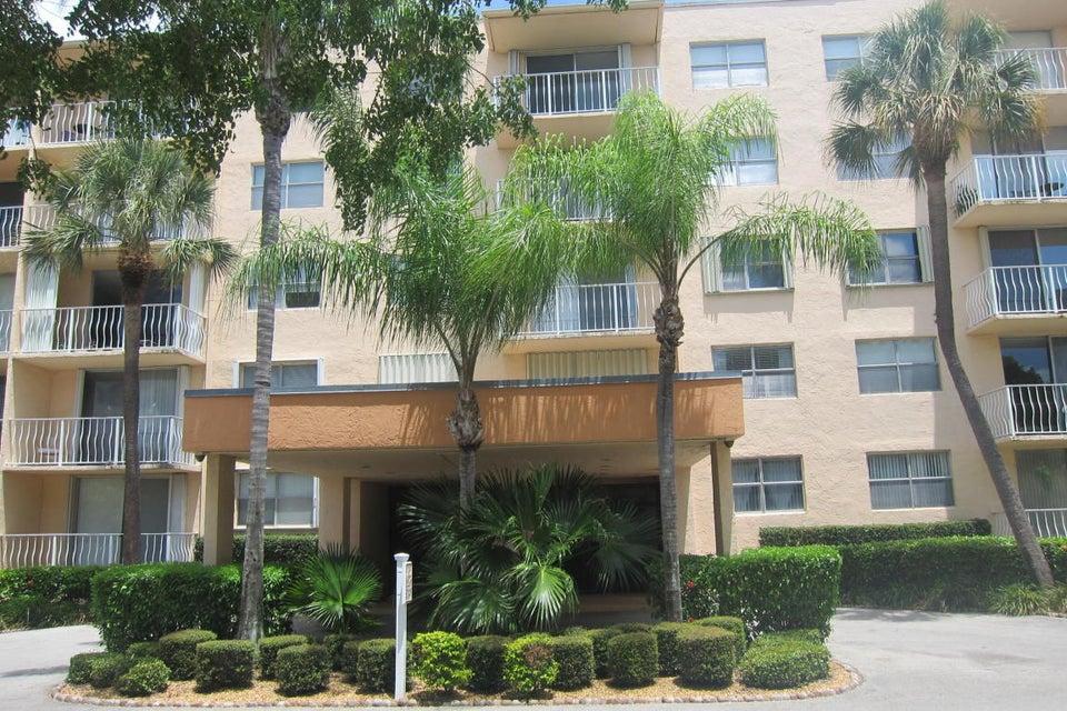 470 Executive Center Drive 1n  West Palm Beach, FL 33401