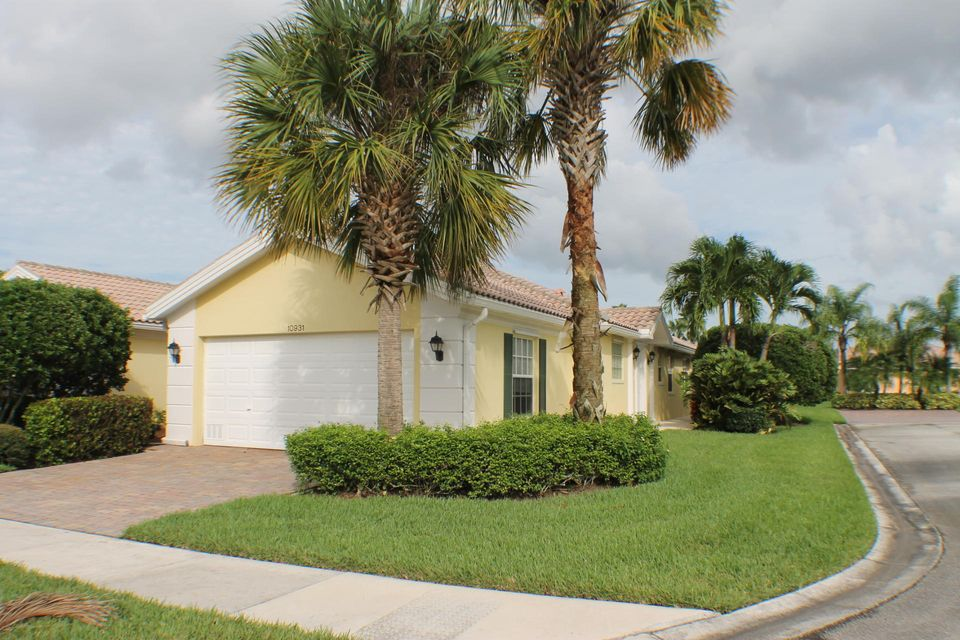 Villa for Sale at 10931 SW Dardanelle Drive 10931 SW Dardanelle Drive Port St. Lucie, Florida 34987 United States