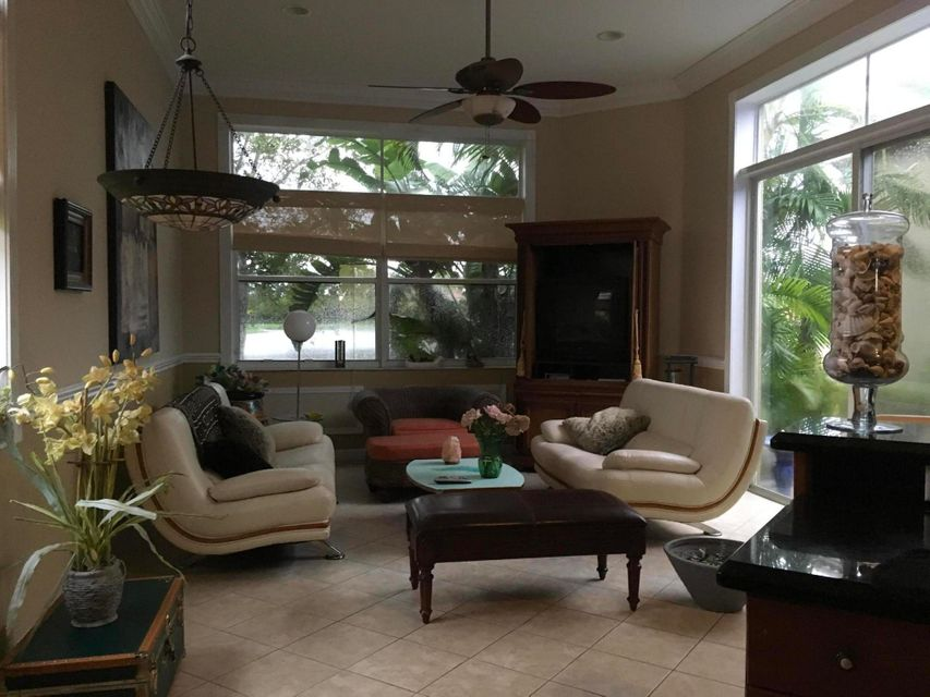Additional photo for property listing at 2333 Waburton Terrace 2333 Waburton Terrace Wellington, Florida 33414 Estados Unidos