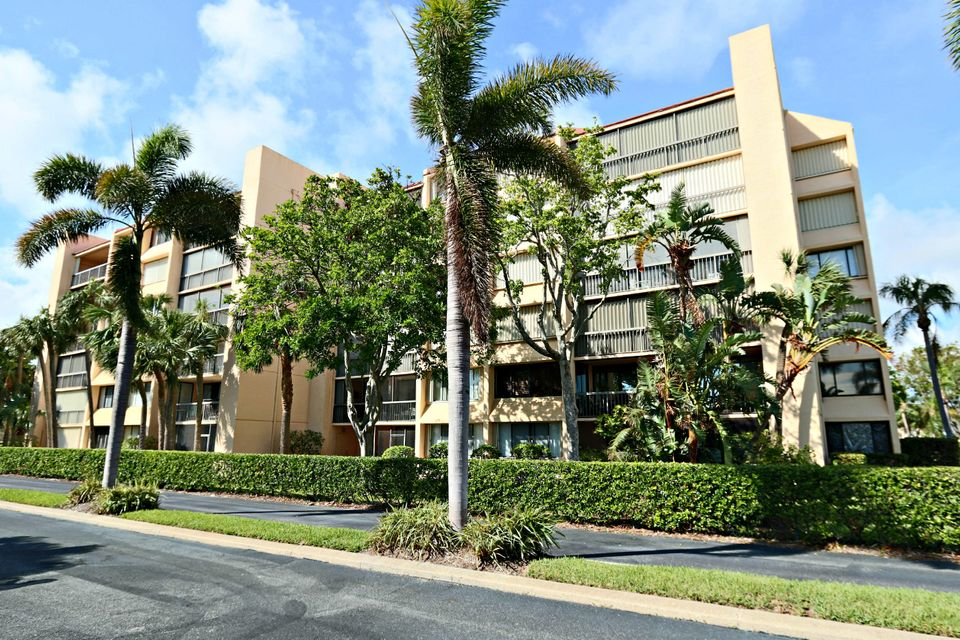 Co-op / Condo for Sale at 1605 S Us Highway 1 1605 S Us Highway 1 Jupiter, Florida 33477 United States