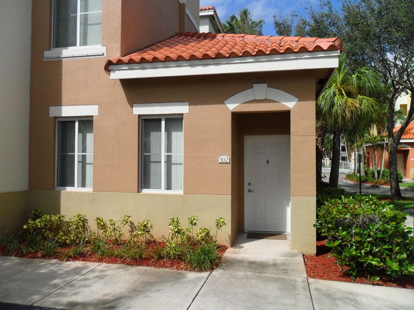 Co-op / Condo للـ Rent في 11012 Legacy Drive 11012 Legacy Drive Palm Beach Gardens, Florida 33410 United States