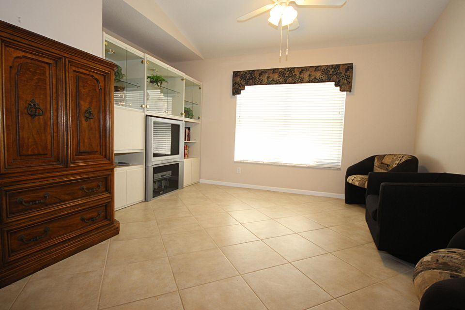 Additional photo for property listing at 7542 San Pedro Street 7542 San Pedro Street Boynton Beach, Florida 33437 Vereinigte Staaten