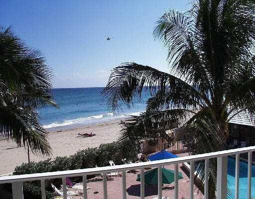 Condominium for Rent at 3590 S Ocean Boulevard # 304 3590 S Ocean Boulevard # 304 South Palm Beach, Florida 33480 United States