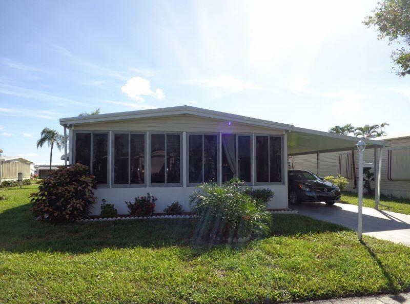 Mobile / Fabricado para Venda às 33004 Azua Bay 33004 Azua Bay Boynton Beach, Florida 33436 Estados Unidos