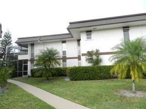 6 Greenway 206  Royal Palm Beach FL 33411