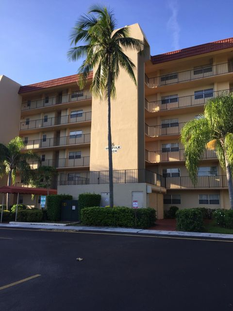 Co-op / Condo for Rent at 3524 Via Poinciana 3524 Via Poinciana Lake Worth, Florida 33467 United States