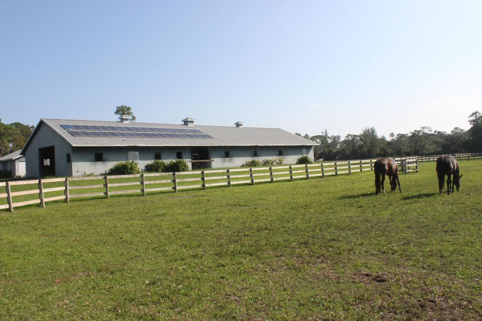 Additional photo for property listing at 2770 E Road 2770 E Road Loxahatchee Groves, Florida 33470 États-Unis