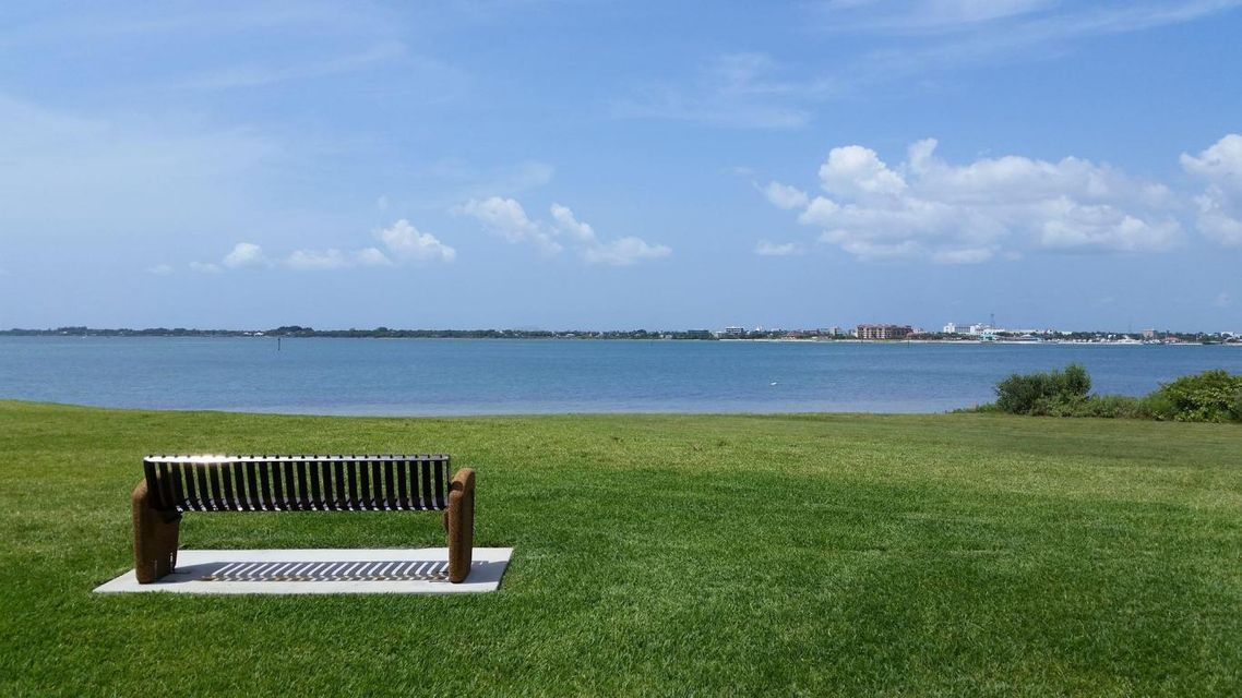 24 Harbour Isle Drive Unit 304 Hutchinson Island, FL 34949 - MLS #: RX-10364833