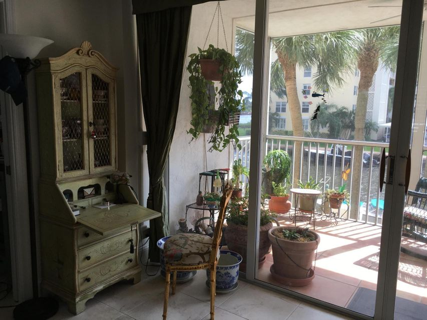 Additional photo for property listing at 1 Harbourside Drive 1 Harbourside Drive Delray Beach, Florida 33483 United States