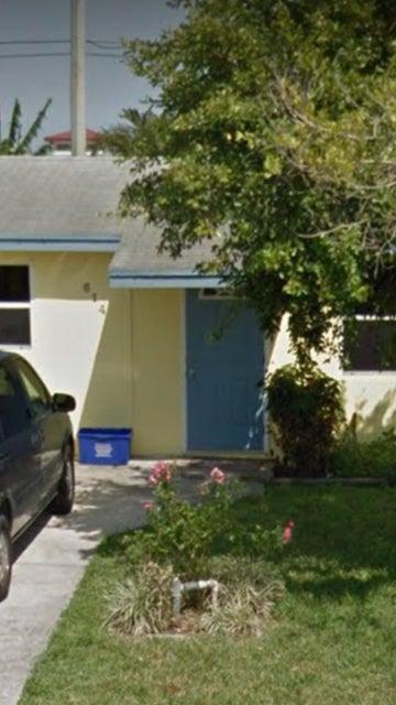 Casa para uma família para Venda às 614 Jackson Avenue 614 Jackson Avenue Greenacres, Florida 33463 Estados Unidos