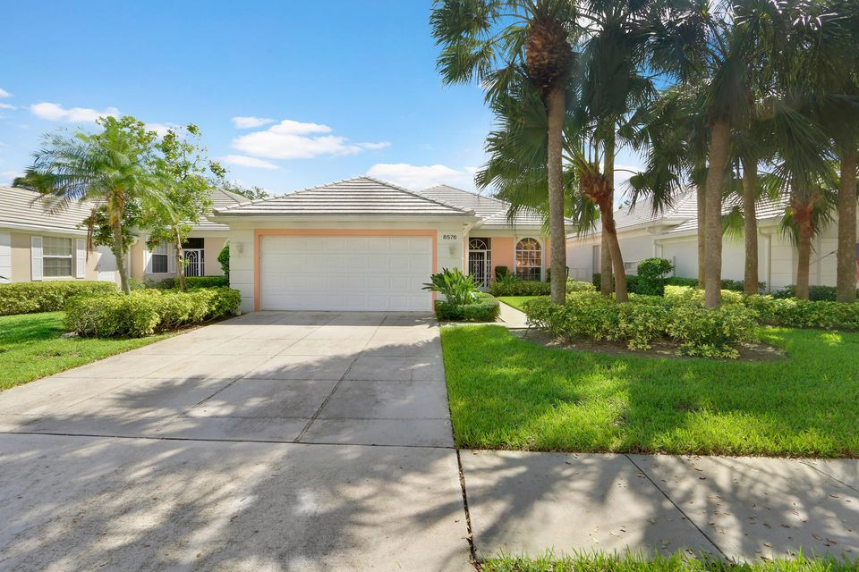 8576 Doverbrook Drive , Palm Beach Gardens FL 33410 is listed for sale as MLS Listing RX-10371744 20 photos