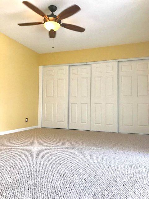 Additional photo for property listing at 3715 Village Drive 3715 Village Drive Delray Beach, Florida 33445 Vereinigte Staaten