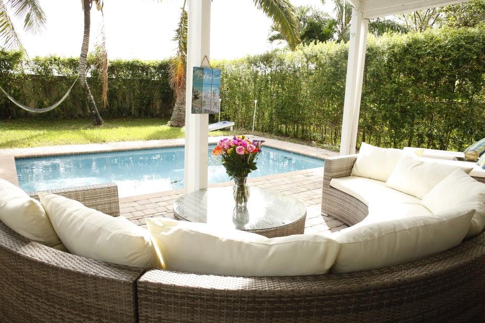Single Family Home for Sale at 6430 Egret Avenue 6430 Egret Avenue Coconut Creek, Florida 33073 United States