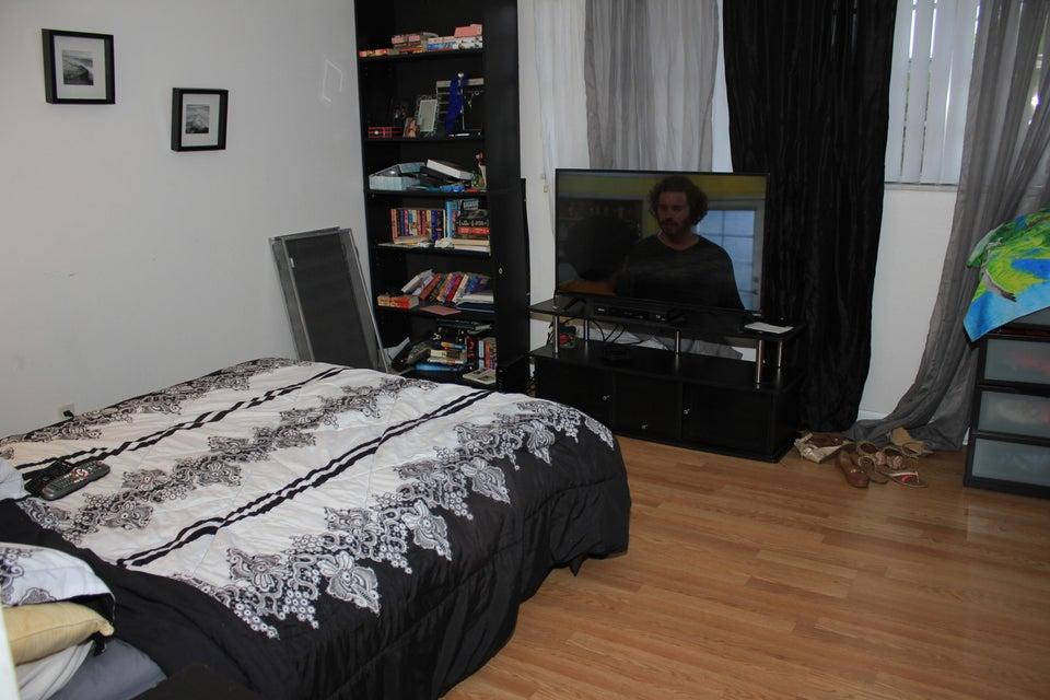 Additional photo for property listing at 100 Royal Palm Road 100 Royal Palm Road Boca Raton, Florida 33432 États-Unis