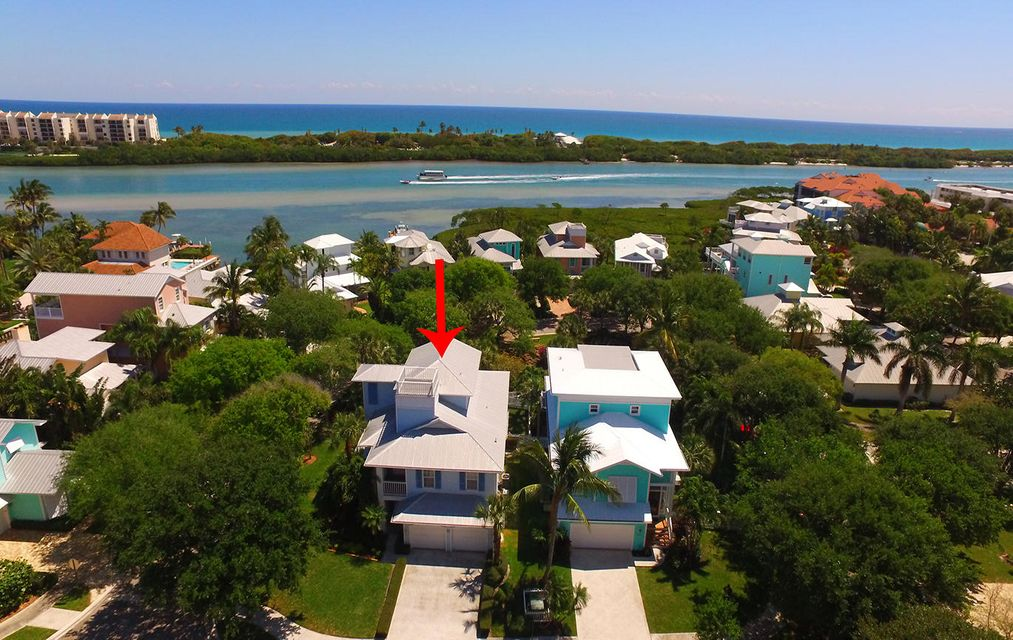 Single Family Home for Sale at 121 Intracoastal Circle 121 Intracoastal Circle Tequesta, Florida 33469 United States