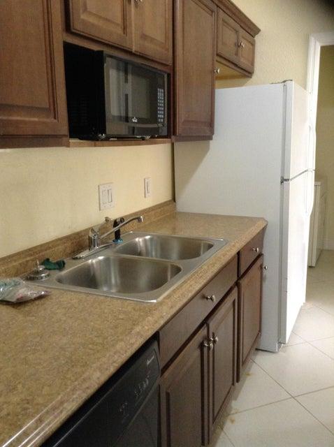 Additional photo for property listing at 2305 N Congress Avenue 2305 N Congress Avenue Boynton Beach, Florida 33426 Vereinigte Staaten
