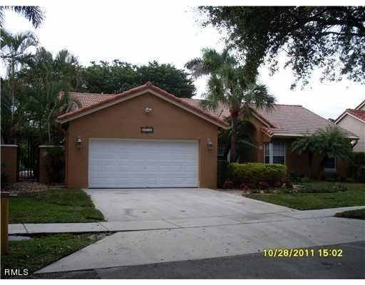 Rentals for Rent at 8926 NW 187th Street 8926 NW 187th Street Hialeah, Florida 33018 United States