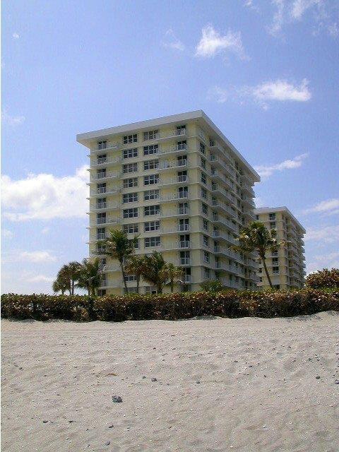 Co-op / Condo للـ Rent في 500 Ocean Drive 500 Ocean Drive Juno Beach, Florida 33408 United States