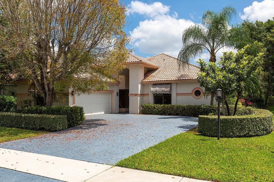 2840 Bent Cypress Road - Wellington, Florida