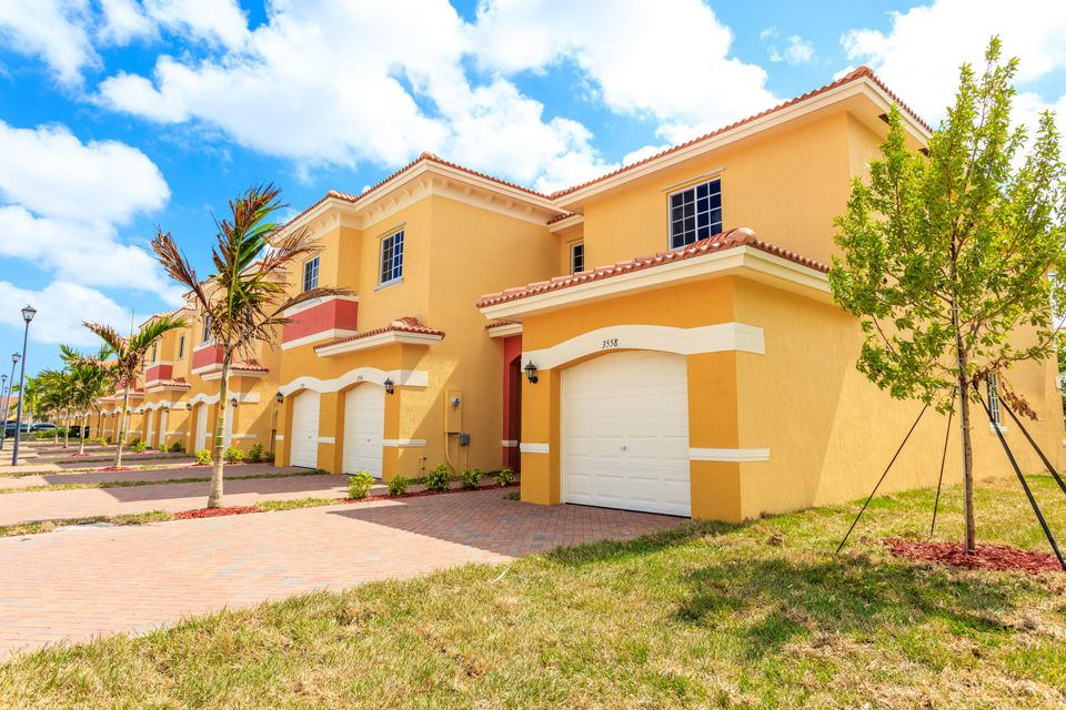 Townhouse for Sale at 3634 NW 29th Court 3634 NW 29th Court Lauderdale Lakes, Florida 33311 United States