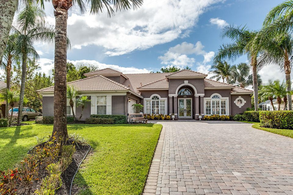 4522 Hunting Trail  Lake Worth, FL 33467
