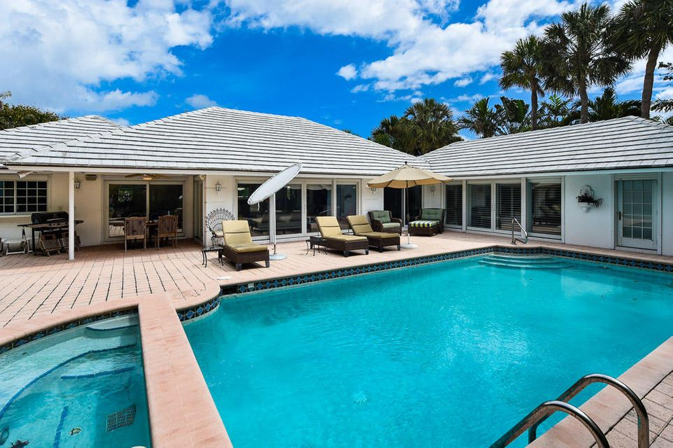 Additional photo for property listing at 210 Palmo Way 210 Palmo Way Palm Beach, Florida 33480 United States
