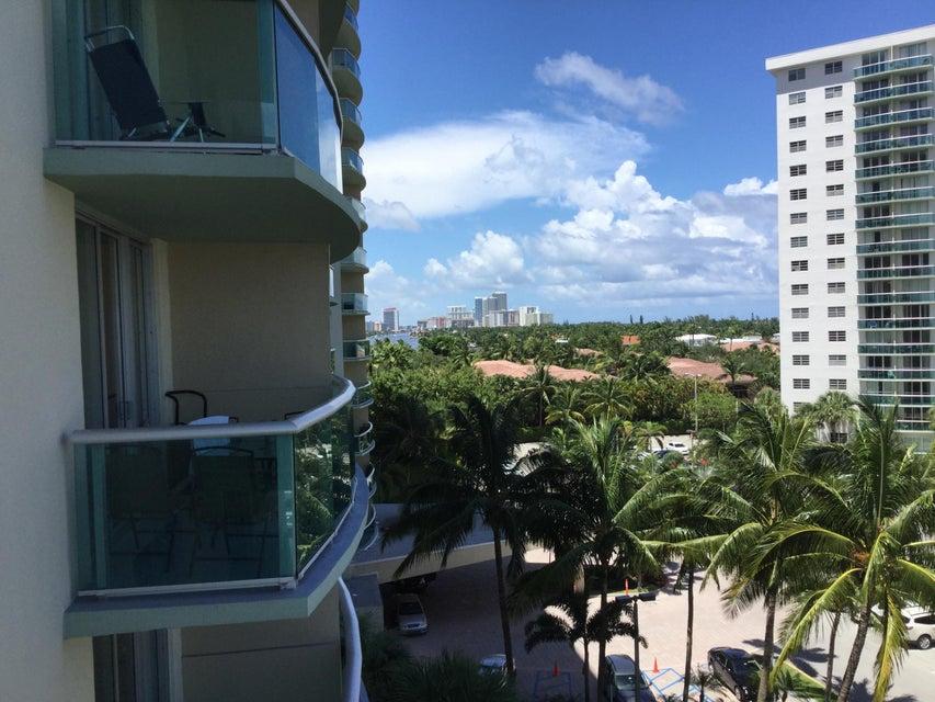 合作社 / 公寓 为 出租 在 19390 Collins Avenue 19390 Collins Avenue 阳光岛海岸, 佛罗里达州 33160 美国