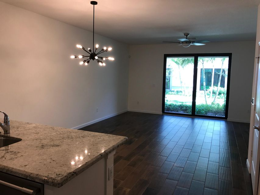 Additional photo for property listing at 4212 N Dixie Highway 4212 N Dixie Highway Oakland Park, Florida 33334 Estados Unidos