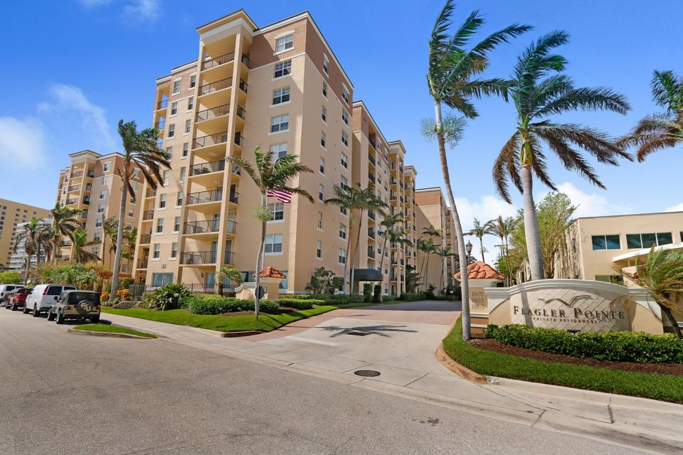 Condominium for Sale at 1801 N Flagler Drive # 104 1801 N Flagler Drive # 104 West Palm Beach, Florida 33407 United States