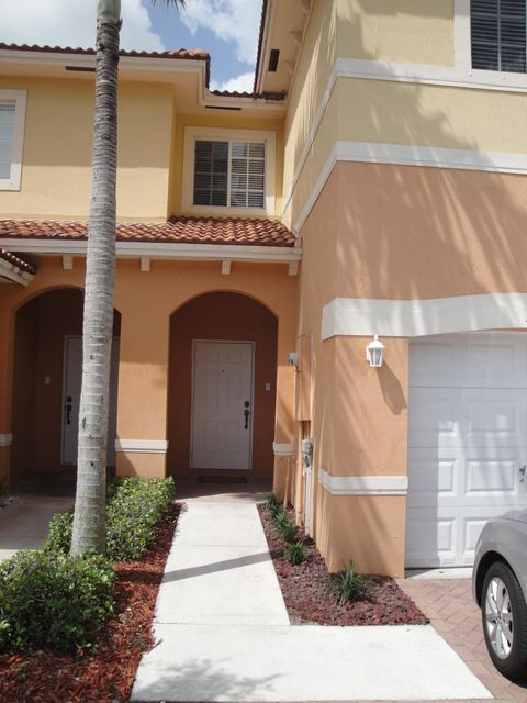 تاون هاوس للـ Rent في 5168 SE Mariner Garden Circle 5168 SE Mariner Garden Circle Stuart, Florida 34997 United States