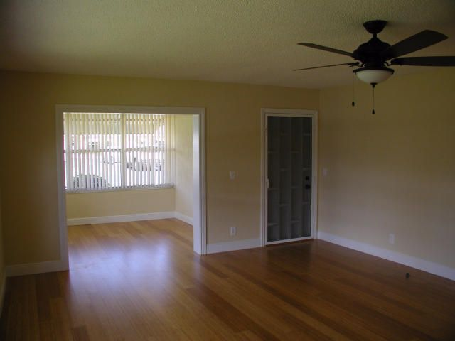 Additional photo for property listing at 762 High Point Boulevard N 762 High Point Boulevard N Delray Beach, Florida 33445 United States