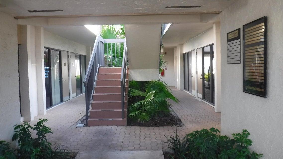 Offices للـ Rent في 12300 Alternate A1a 12300 Alternate A1a Palm Beach Gardens, Florida 33410 United States