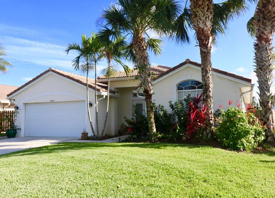 Maison unifamiliale pour l Vente à 6180 Leslie Street 6180 Leslie Street Jupiter, Florida 33458 États-Unis