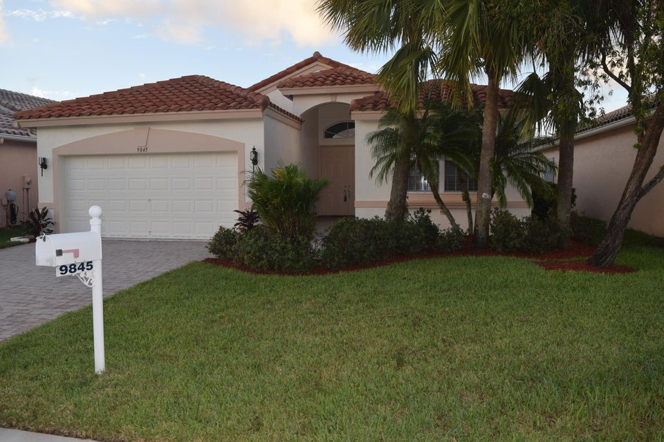 9845 Torino Drive  Lake Worth, FL 33467