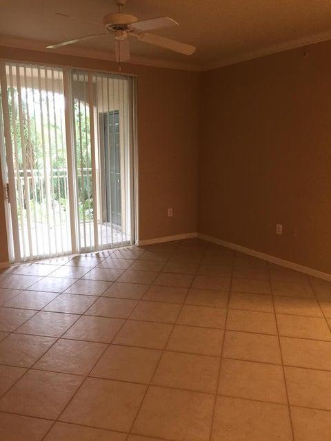 6475 Emerald Dunes Drive 208 West Palm Beach, FL 33411 photo 23