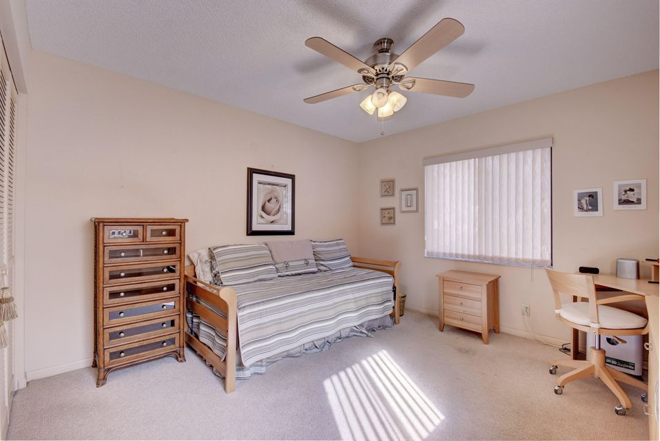 Additional photo for property listing at 8084 Windgate Drive 8084 Windgate Drive Boca Raton, Florida 33496 États-Unis